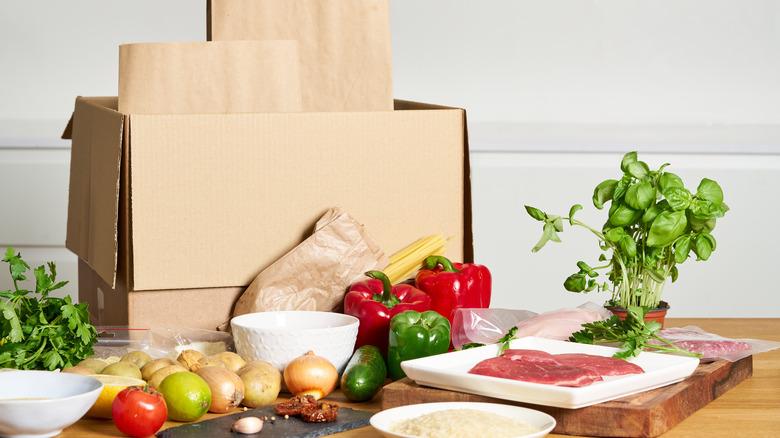 meal delivery service kit vegetables meat
