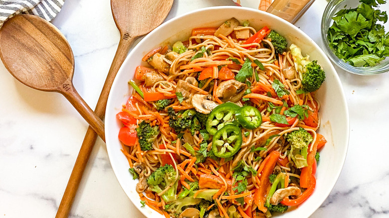 noodles with veggies in bowl
