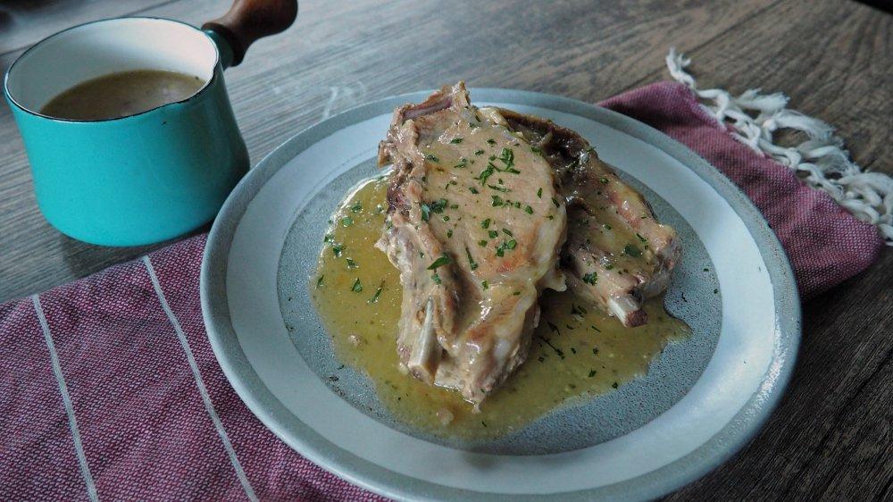 3-ingredient Crock Pot pork chops