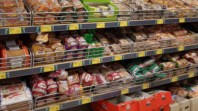 In-store grocery store bakery at Aldi