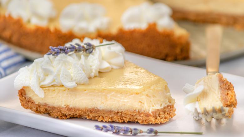 5-ingredient cheesecake recipe