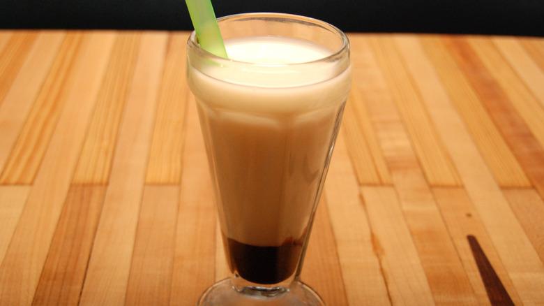 new york egg cream drink