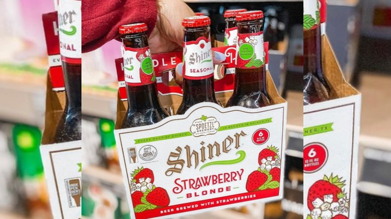 Shiner Strawberry Blond beer
