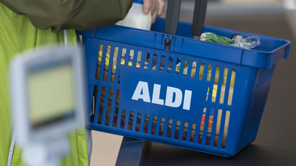 Aldi shopping basket