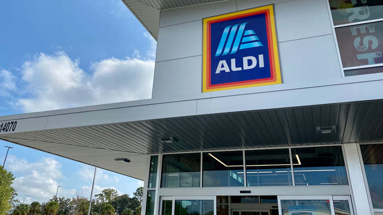 Image of Aldi supermarket