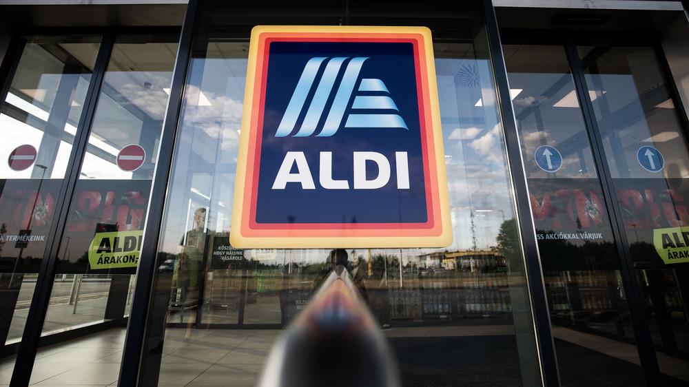 Entering Aldi store