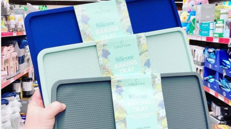 Aldi Silicone baking trays