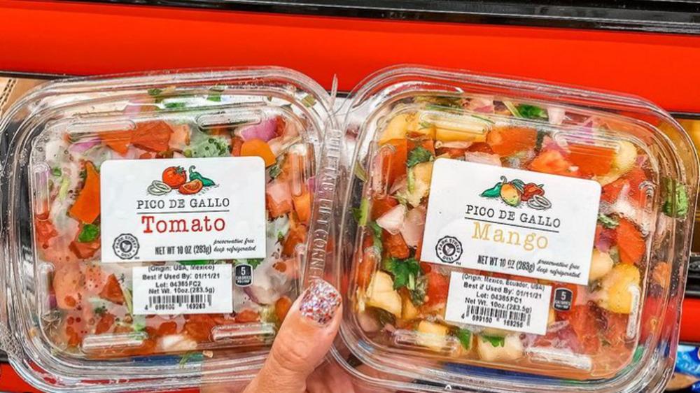 Packages of Aldi's mango and tomato pico de gallo