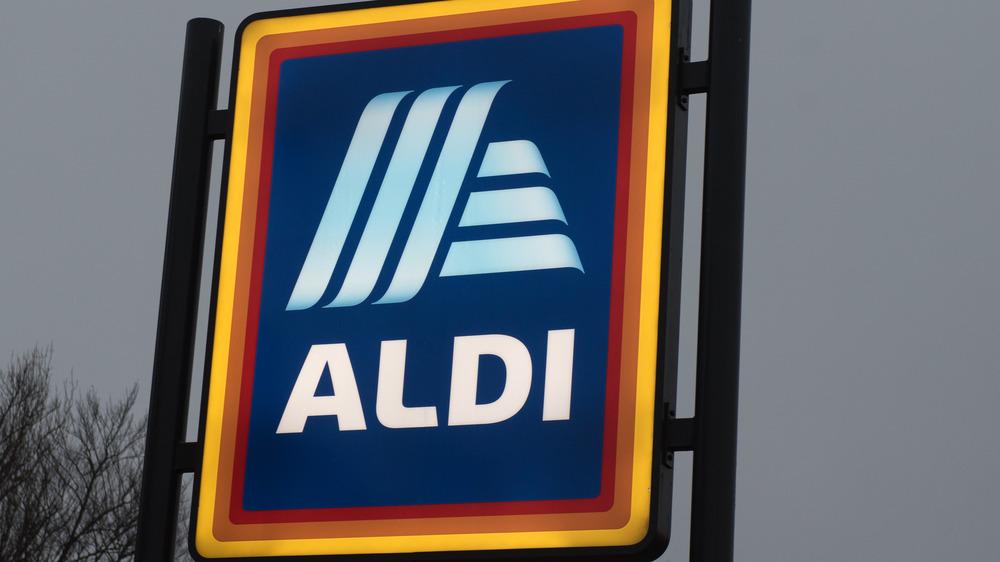 The Aldi sign