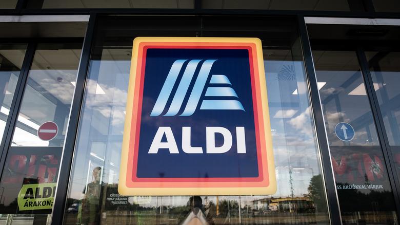 Aldi sign outside the store