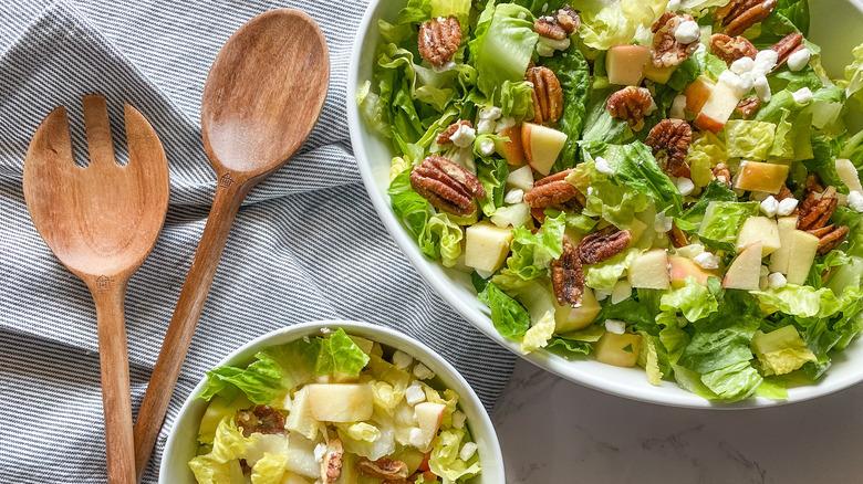 apple pecan goat cheese salad