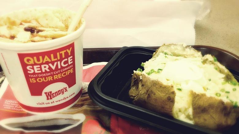 Wendy's baked potato chili sour cream