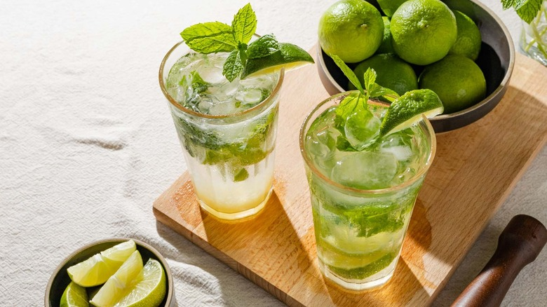 alcohol-free mojitos and limes