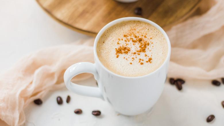 peanut butter latte in mug