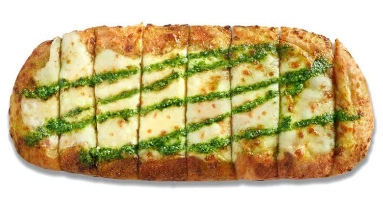 Blaze Pizza's Pesto Garlic Cheesy Bread