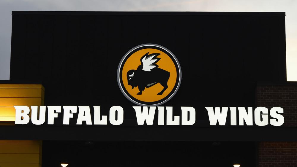 Buffalo Wild Wings outlet