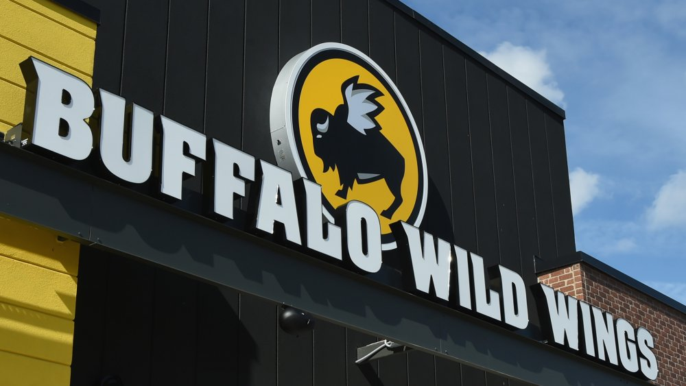 exterior sign of a buffalo wild wings location