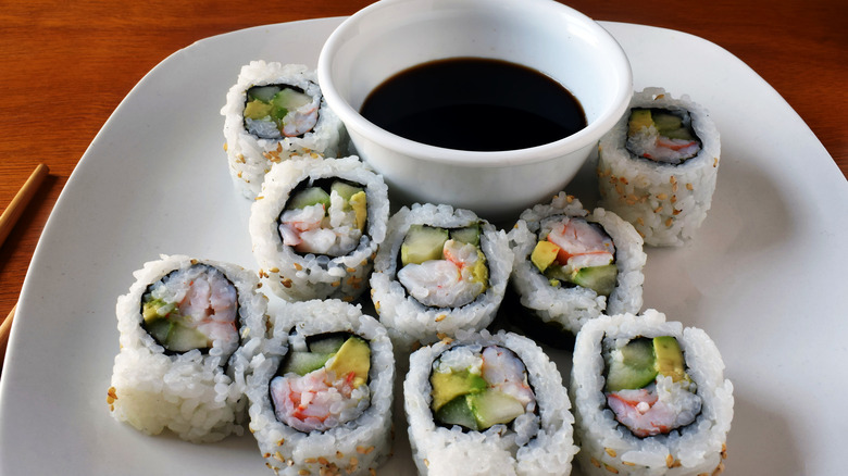 California roll with soy sauce