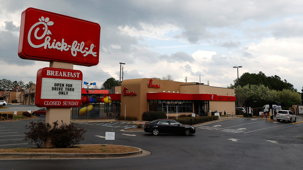 Chick-fil-A exterior and sign