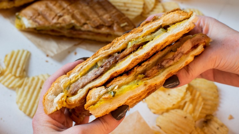 Cuban sandwich with chips
