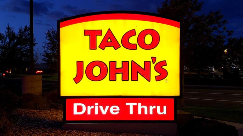 Taco John's sign at night