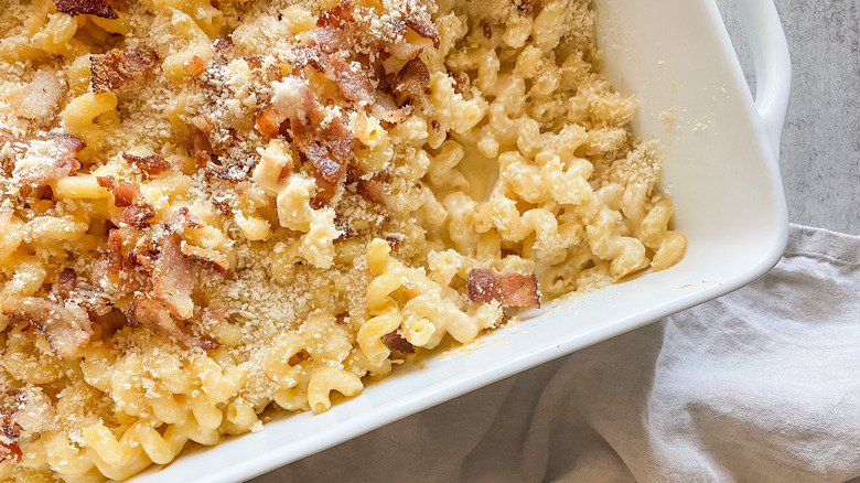 Copycat Longhorn Steakhouse mac and cheese recipe in a serving dish