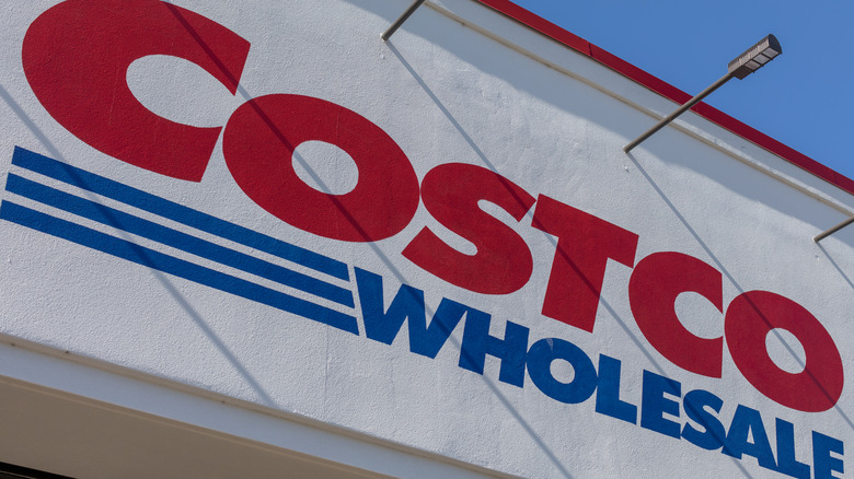 Large Costco sign