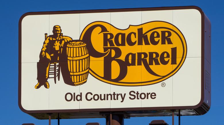 A Cracker Barrel sign
