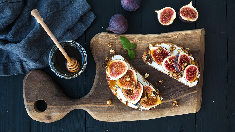 ricotta and figs on toast