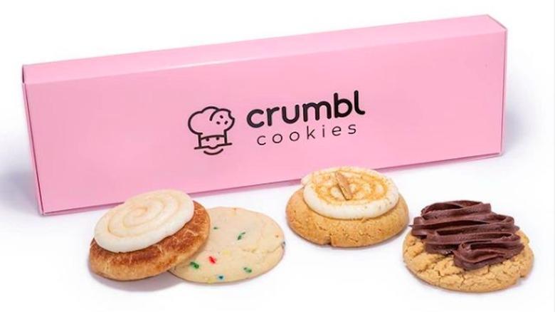 Crumbl Cookies pink box