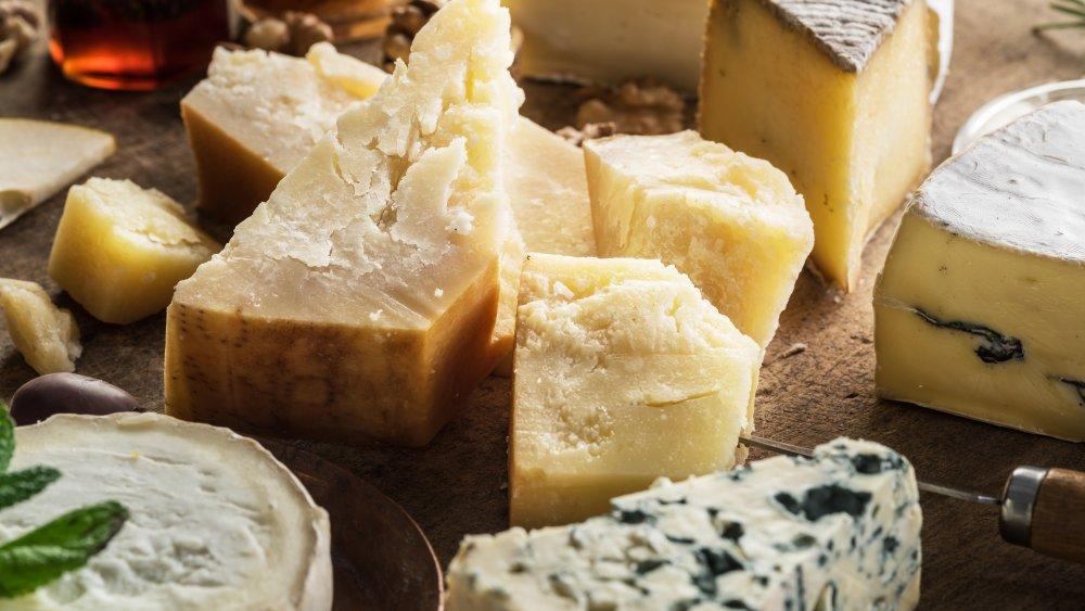 choosing a cheese