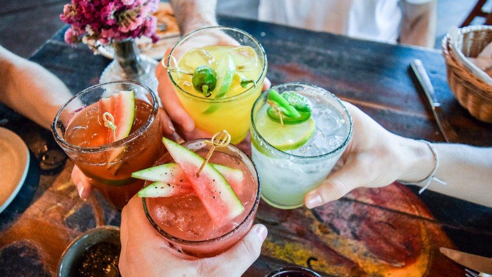 easy 3-ingredient summer cocktails