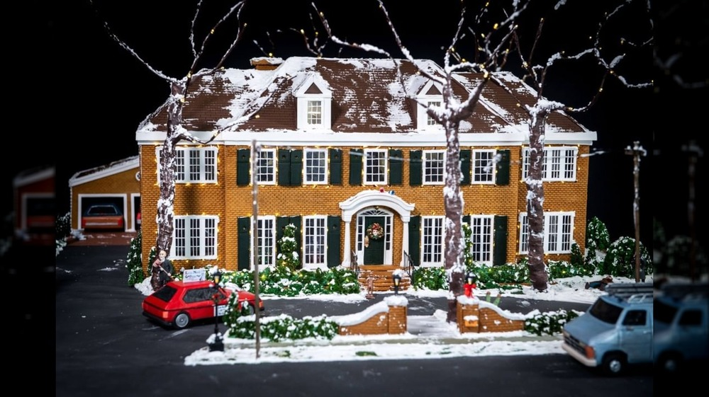 Home Alone-themed gingerbread house