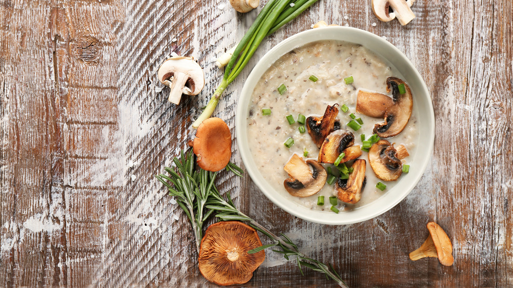 Mushroom soup with herbs