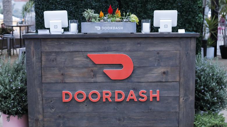 DooDash sign