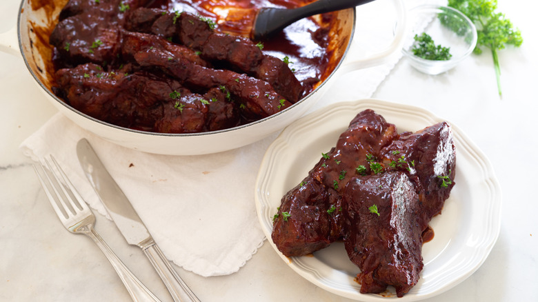 easy country-style ribs on small plate