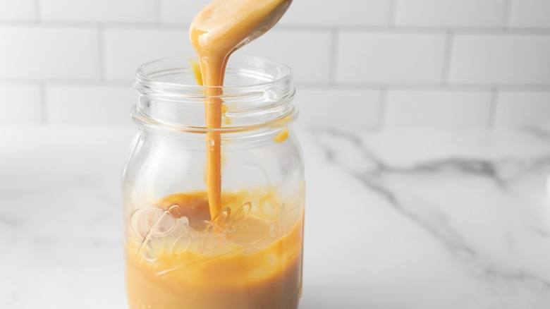dulce de leche mason jar