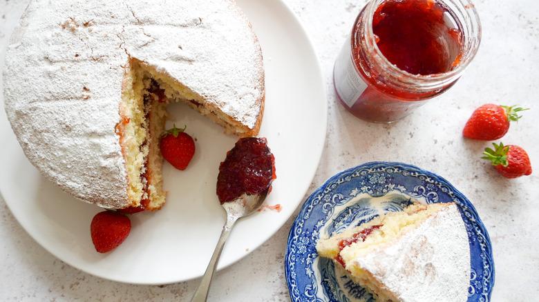 platter of sponge cake