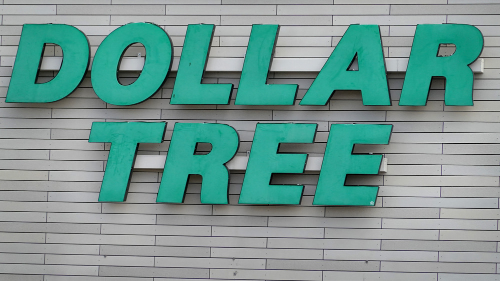 Exterior shot of a Dollar Tree store