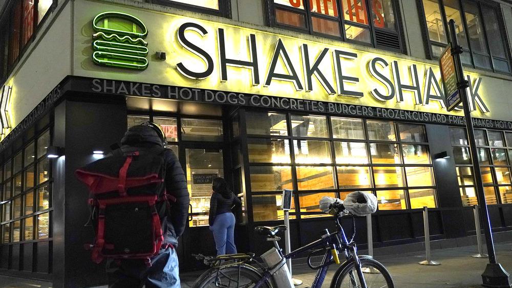 Exterior of a Shake Shack at Night