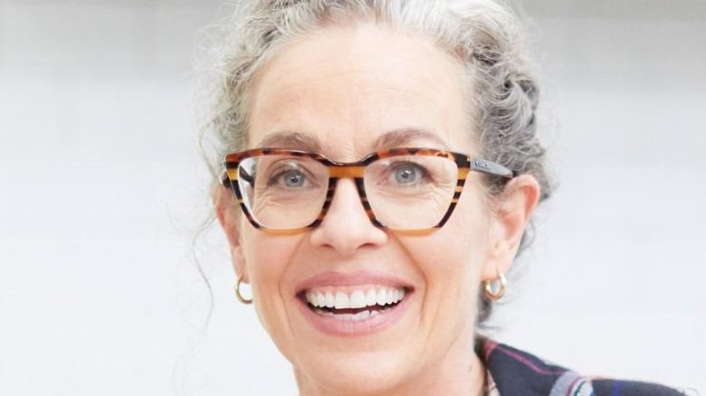 Zoë François smiling in glasses