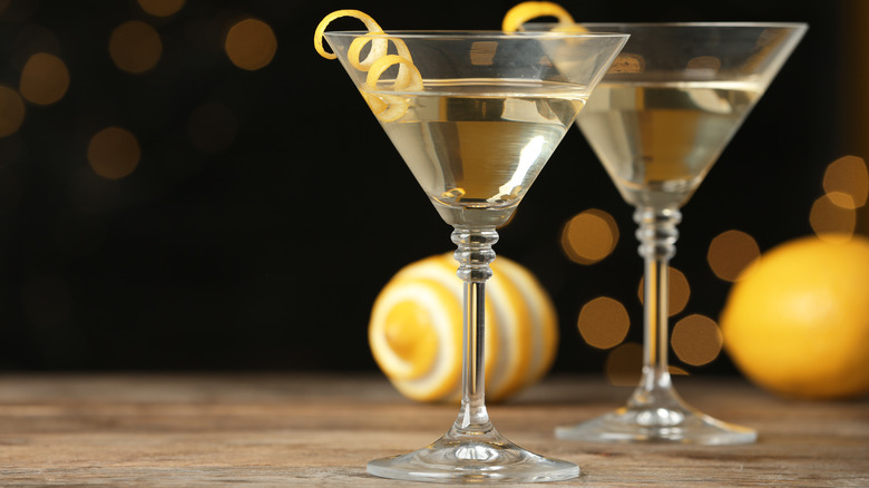 Two gin martinis on wood