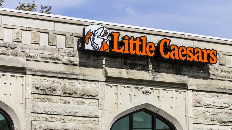 Little Caesars exterior signage