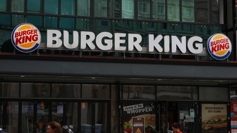 Burger King exterior sign