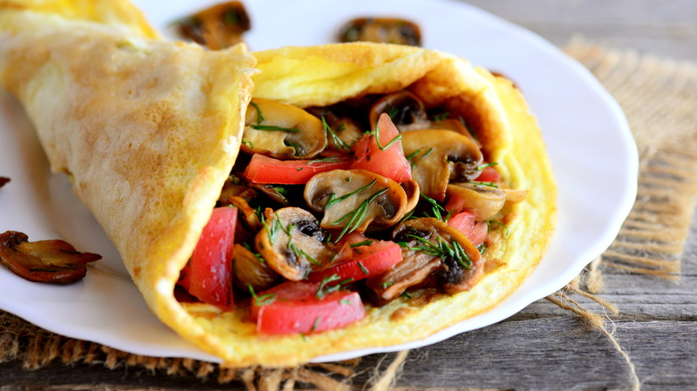 omelet with mushroom and pepper filling