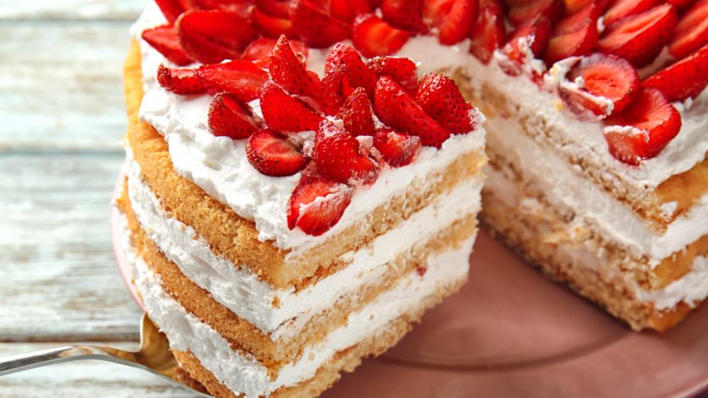 very even strawberry short cake