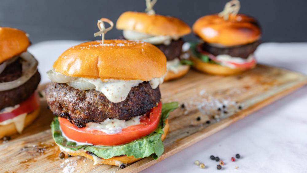 Gordon Ramsay's burger recipe with a twist