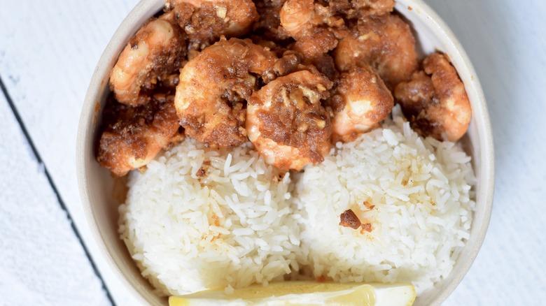 Hawaiian spicy shrimp with rice