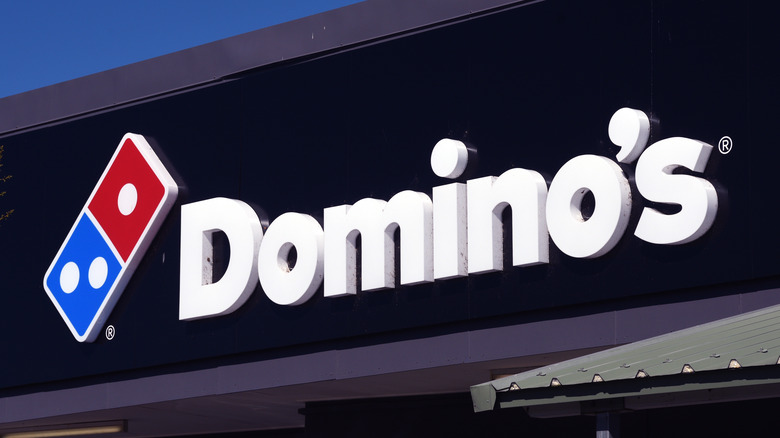 Domino's storefront sign