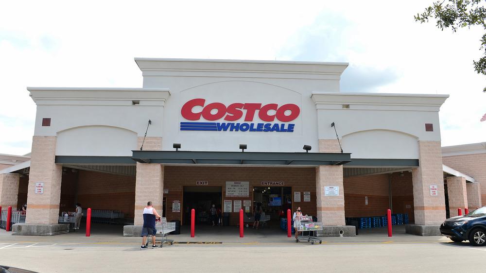 Costco warehouse exterior